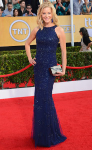 rs_634x1024-140118155131-634.Anna-Gunn-SAG-Blue-Dress.jl_.011814